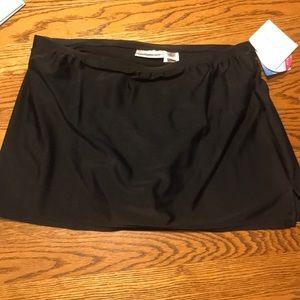 NWT black swim skirt